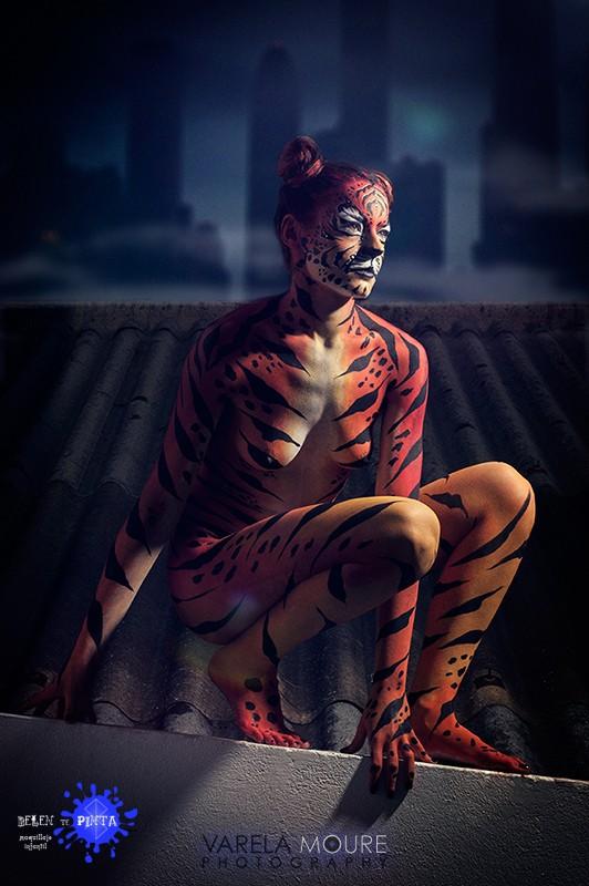 Body painting Tigresa